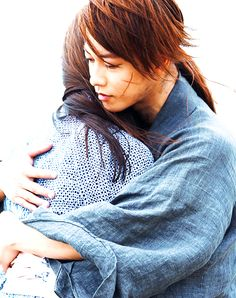 Can't get enough for this kenkao moment. Kenshin Himura and Kaoru Himura Rurouni Kenshin live action.