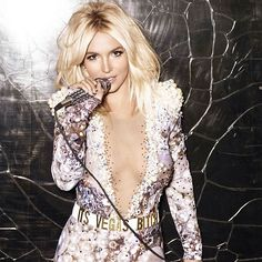 Seriously can't put into words how excited I am for y'all to see the Vegas show! Second round of #PieceofMe shows are now on sale! http://smarturl.it/PieceOfMeTix2