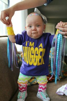 We spot a HUGGER! @johnnyluchador's daughter was Bayley! #HalloWWEen