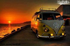 SUNSET + KOMBI VW Bus ☮ re-pinned by http://www.wfpblogs.com/author/southfloridah2o
