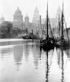 Canning dock, looking towards Nova Scotia, Liverpool. Liverpool Waterfront, Liverpool Town, Liverpool Docks, Liverpool History, Liverpool England, Merchant Marine, Old London, London Photos, Tall Ships