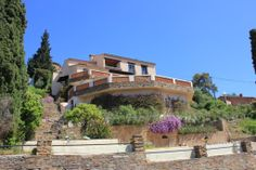 Belle Opportunite! (MD2390296) -  #House for Sale in Le Lavandou, Provence-Alpes-Cote d'Azur, France - #LeLavandou, #ProvenceAlpesCotedAzur, #France. More Properties on www.mondinion.com.