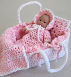 Moses Basket & Itty Bitty doll. Totally making this for a baby girl someday!!