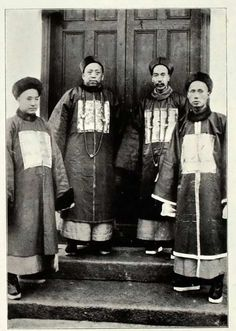 After watching a Machu TV series, I did some research on the recent Qing dynasty clothing, hair and their root.
