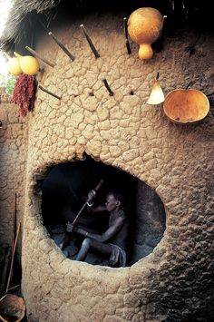 Nuba, Sudan by Kazuyoshi Nomachi / traditional architecture