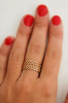 gold lace filigree ring. <3