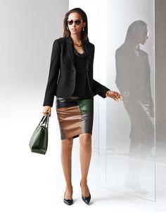 Ein 'Must Have' angesagter Trend-Styles: der schmale, knielange Lederrock aus Lammnappa in Patch-Manier.
