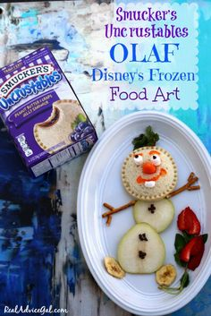 Smucker's® Uncrustables® presents Disney inspired Food Art for Kids. Learn how to make this cute Disney Frozen's Olaf food art. Plus get a chance to win all expense paid Disney Parks. Cute Snacks, Fun Snacks For Kids, Kids Meals, Food Art For Kids, Diy For Kids, Disney Frozen Food, Smuckers Uncrustables, Disney Inspired Food, Fun Food