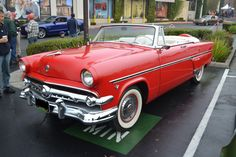 1954_Ford_CustomDeluxeConvertible_239.4ci_100HP_V-8