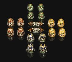 Sixteen diamond-set and enamelled gold chaupar games pieces and dice, Jaipur, 19th century | Lot | Sotheby's