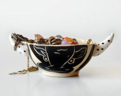 I really like the shape and design of this bowl and i want to use the shape of the bowl and keep it as a bull but alter the design a little.