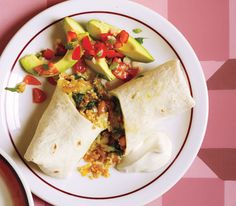Bean, Spinach, and Quinoa Burritos: I'd probably omit the beans and add more veggies, but it still looks yummy.