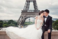 Romantic e-session in Paris