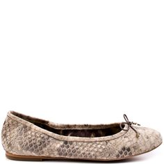 Felicia heels Black and White Snake brand heels Sam Edelman Cute Flats, White Heels, Glass Slipper, Fashion Flats, Womens Flats, Ballet Flats, Snake, Slippers, Felicia