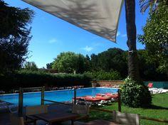 Our Hotel pool en Cassis France