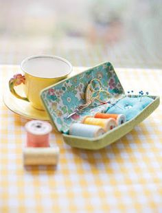 jemima schlee: glasses case sewing kit