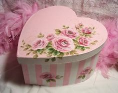 Little Pink Heart-shaped Floral Box for my Jewellery Treasures ....