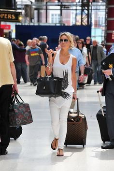 Alex Curran Gerrard, married to the football player Steven Gerrard, is casual but hot in a white-on-white outfit.