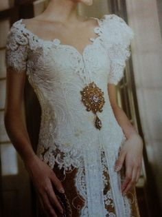 Detail of white lace #kebaya #white #lovely