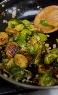 Smoky brussel sprouts & onions