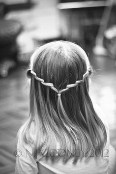 cute little girl's hair do !