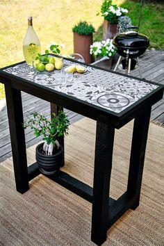 Hur man bygger ett barbord i Marockostil — HusExtra Diy Outdoor Furniture, Repurposed Furniture, Garden Furniture, Diy Furniture, Outdoor Bbq Kitchen, Backyard Kitchen, Back Garden Design, Tile Tables, Bois Diy