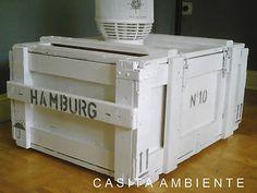 beistelltisch terrasse -Alte Frachtkiste HAMBURG Holzkiste shabby-chic weiss Truhe Couchtisch Sitzbank