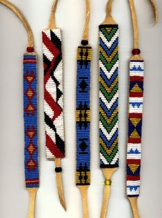 Free Native American Seed Bead Patterns jewelry making free bead … – Jewelry Native American Seed, Native American Patterns, Native American Regalia, Native American Beadwork, Native American Jewelry, American Indians, Beading Patterns Free, Bead Loom Patterns, Beaded Jewelry Patterns