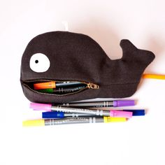 Make a Cute Whale Zipper Pouch #diy #whalepouch #backtoschool @Guidecentral