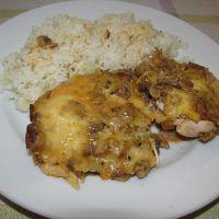 Kuracie prsia zepečené s hubami a syrom
