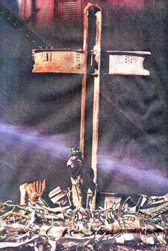 ~ THE WORLD TRADE CENTER 911 CROSS: Atheist activists have long that the steel cross on display at the Museum violates the separation of church + state, however an appeals court Monday, threw out the latest lawsuit. 11 September 2001, Remembering September 11th, We Will Never Forget, Lest We Forget, World Trade Center, Nine Eleven, Vietnam, Historia Universal, Old Rugged Cross