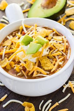 Taco Soup Recipe (Instant Pot or Slow Cooker!) – Oh Sweet Basil Taco Soup Recipe (Instant Pot or Slow Cooker!) – Oh Sweet Basil Beef Recipes For Dinner, Paleo Dinner, Soup Recipes, Healthy Recipes, Delicious Recipes, Healthy Treats, Yummy Food, Slow Cooker Beans, Pressure Cooker Recipes