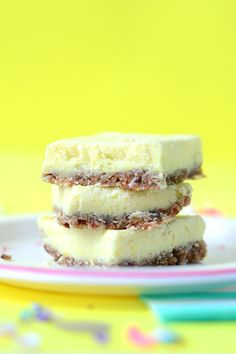 Lemon Bars (raw, vegan, gluten free, refined sugar-free)