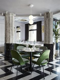 At San George, Amsterdam's latest hot spot, graphic patterns and bold colors take the well known George bistro style …
