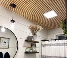 Have you ever thought of updating a room by doing a ceiling treatment? I honestly hadn't. But, I had just updated my bathroom and I wanted to take it the next level. This ceiling I am calling a DIY skinny slat ceiling. It worked perfectly in my newly remodeled bathroom, but could easily transform any room! I will take you through where I struggled through this project and how I learned to do this the super simple way so that you can breeze right though it! I absolutely love how this on… Accent Ceiling, Floor Ceiling, Shiplap Bathroom, Ceiling Treatments, Wood Ceilings, Ship Lap Walls, Wood Slats, Florida Home, Home Improvement Projects