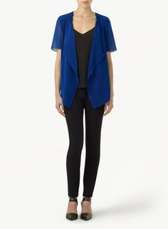 WILFRED ALLÉGORIE BLOUSE - A minimalist blouse in luxurious silk georgette