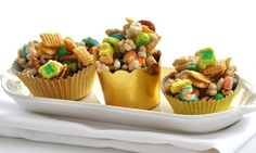 """Lucky charms """"pot o' gold"""" chex mix."""