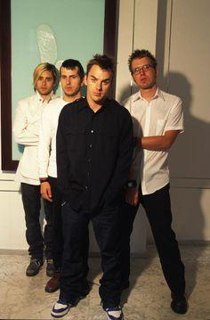 Oldies Mars - 2002 photo shoot (credit to owner)
