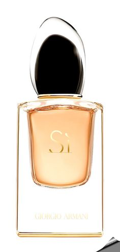 """Giorgio Armani """"Si Le Parfum"""". The new composition launched in 2016 is signed by perfumer Julie Masse of Mane, who provided it with juicy and tart aromas of black currant in the top notes, combining them with the light citrus flavors of bergamot. The heart develops floral notes of jasmine and osmanthus, mysteriously enveloped with aromas of incense and accompanied by chypre chords of patchouli leaves, St. John's wort, amber, benzoin and vanilla."""