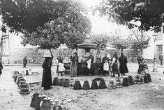 1919 Plaza de Mazarelos. La fuente, que antiguamente estaba en esta plaza, hoy en día se encuentra en  la Plazueleta del Hospitaliño, donde coinciden las calles San Roque y As Rodas. #fotosantiguas