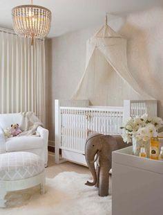 Ciel de lit pour le petit lit d'enfant pour aider bébé à avoir le sommeil profond
