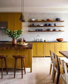 Kitchen Wallpaper Ideas (Country and Modern Kitchen Wallpaper) - How to decorate the kitchen wall? One of the beneficial we can do is applying kitchen wallpaper. With this article will give some kitchen wallpaper ideas. Home Decor Kitchen, Kitchen And Bath, Kitchen Interior, New Kitchen, Home Kitchens, Country Kitchen, Kitchen Modern, Kitchen Dining Rooms, Country Farmhouse