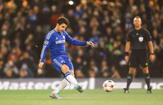 Cesc Fabregas putting ball in back of the net from penalty spot against Sporting Lisbon - CFC Football Latest, Chelsea Football, Chelsea Fc, Champions League Football, Passion, Baseball Cards, Sports, Game, Uber