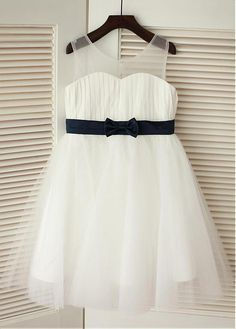 Buy discount Gorgeous Tulle & Chiffon Scoop Neckline Knee-length A-line Flower Girl Dresses With Bowknot at Dressilyme.com