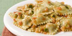 La Salteña Recetas. Ravioles ricotta, parmesano y muzzarella con salsa de tomate y zapallitos.
