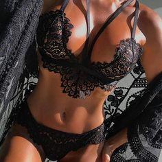 74cefa06bc Women Lingerie Accessories Corset Lace Flowers Push Up Top Bra Briefs  Knickers Underwear Panties Set  Amazon.co.uk  Clothing