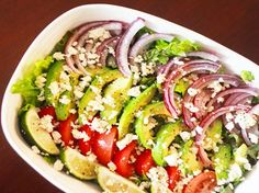 Cuban Salad with Feta and Garlic Lime Vinaigrette - Going to serve with Slow cooker Picodilla tonight. Cuban Recipes, New Recipes, Salad Recipes, Cooking Recipes, Favorite Recipes, Healthy Recipes, Yummy Recipes, Yummy Food, Cuban Cuisine