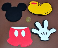 Thank you for coming to my shop for your party needs. This Die Cut Set includes: 5 Mickey shoes 5 Mickey Shorts 5 Mickey Hands 5 Mickey Head shapes I have these other coordinating theme items availabl