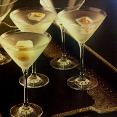 dirty martini  #DirtyMartinisAreAwesome http://www.amazon.com/shops/maynardchild #drinks #drank #drunk #olives #olivejuice #love #wow #amazing http://amazon.com/3bar