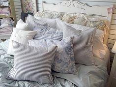 Laura Ashley Carlie 2 Yellow Blue Floral Standard Pillow Shams